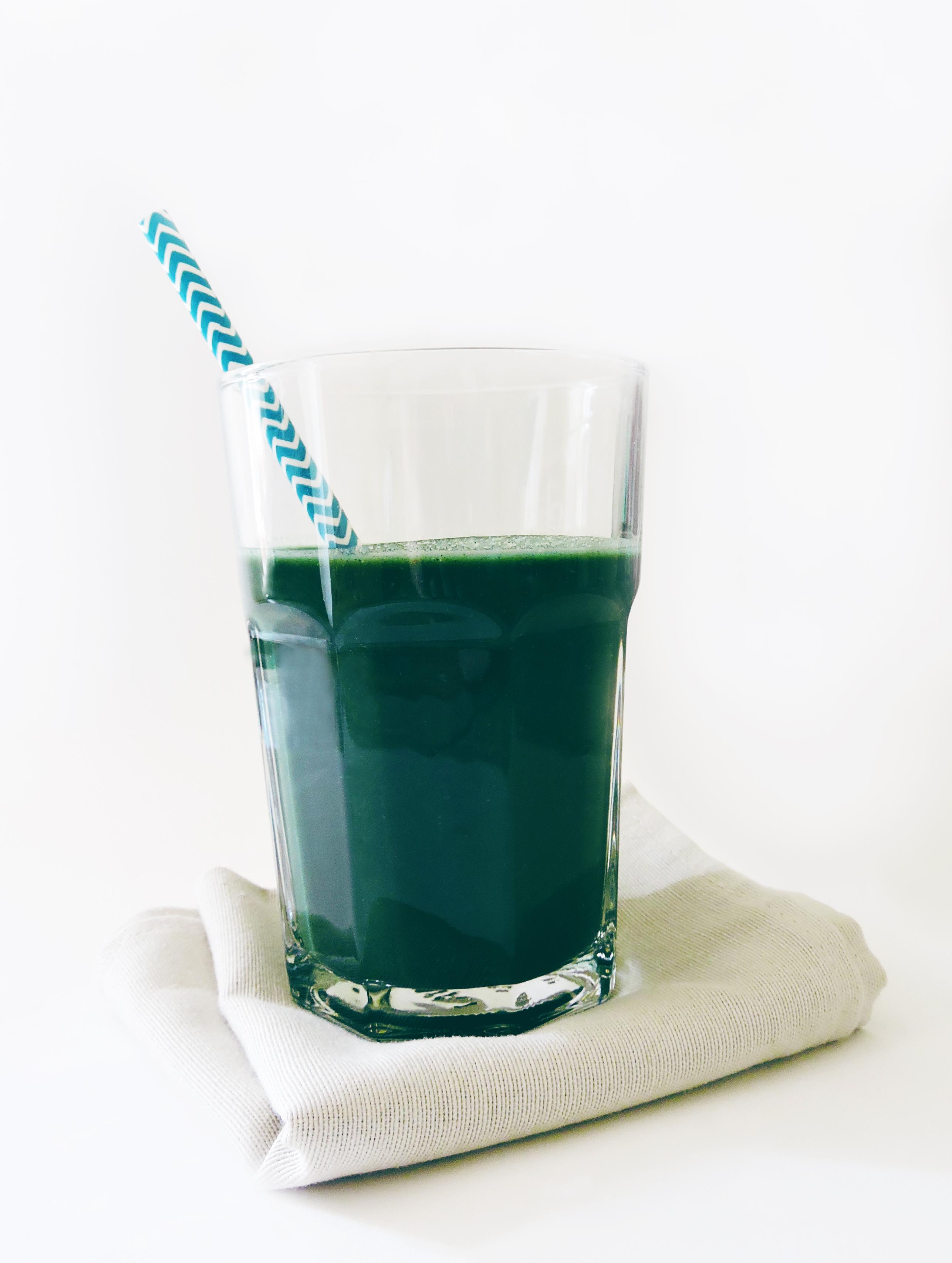 smoothie-spiruline-cassis